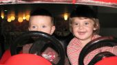 Kfz-Versicherung für Eltern und Kinder mit deutlichem Sparpotenzial